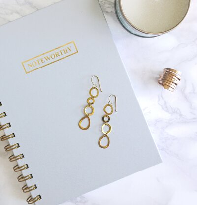 Accessories and notebook