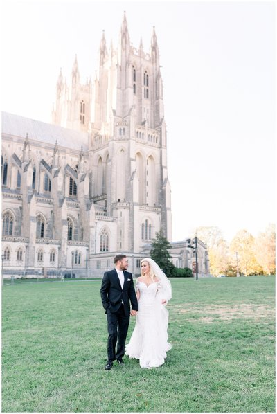 Wedding at the National Cathedral in DC. DC wedding photographer.