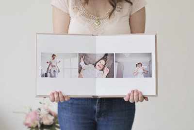 Mother and baby photo shoot in St Margarets Twickenham by Jess Morgan Photography
