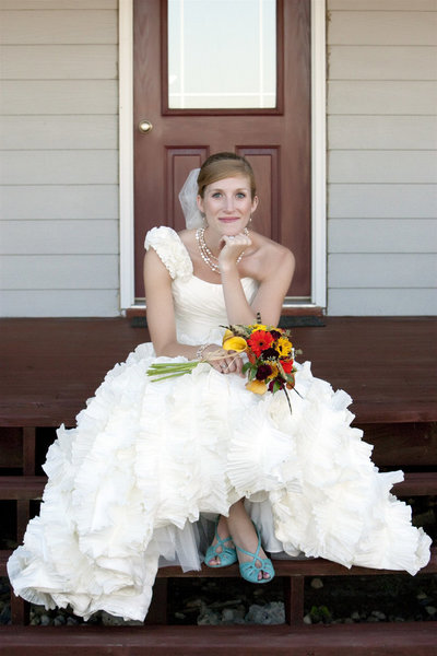 sioux falls wedding photography bride sitting on front porch south dakota