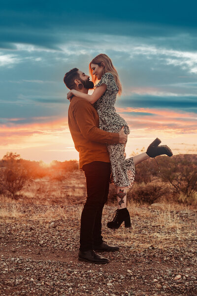 new-river-arizona-desert-engagement-photography-by-suess-moments-wedding-arizona-photographer (87 of 94)