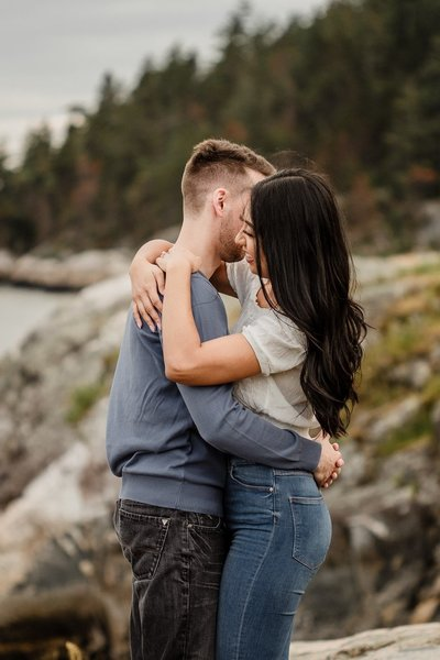 Joanne-and-Mike-West-Vancouver-Engagement-3