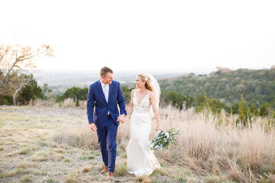 Tara Liebeck Photography Wedding Engagement Lifestyle Virginia Photographer Bright Light Airy5