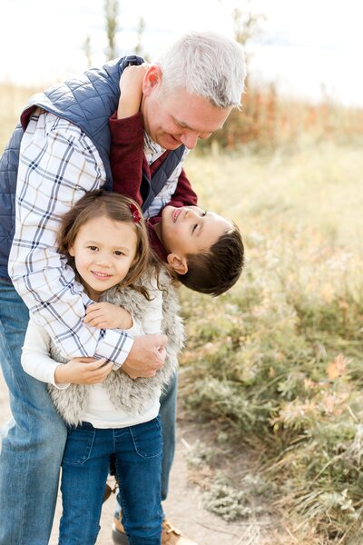 edina-family-little-kids-holiday-card-photos-fall-mini_0027