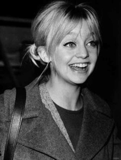 young-goldie-hawn-in-gray-coat-and-black-top-photo-u1