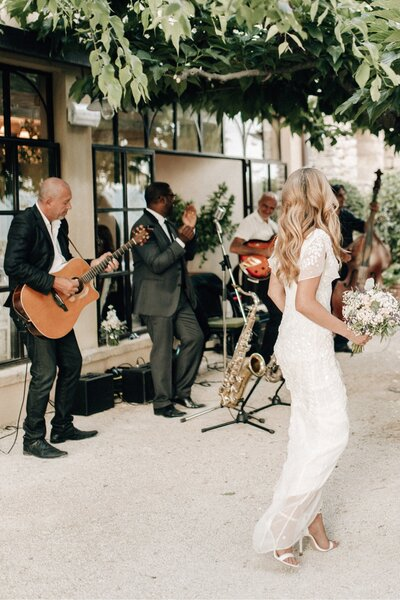 074_Bastide_de_Gordes_Provence_Wedding_Photographer (201 von 238)