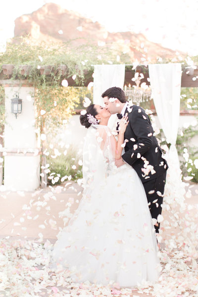 Blush Floral Omni Montelucia Wedding Paradise Valley, Arizona | Amy & Jordan Photography