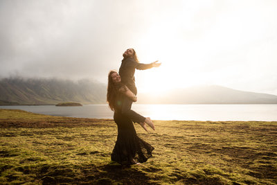 Lindsay_Kreighbaum_sandiego-elopement-iceland-travel-photographer-sandiego-weddingphotogrraphy-engagement-photography-fiestaisland-engagement68