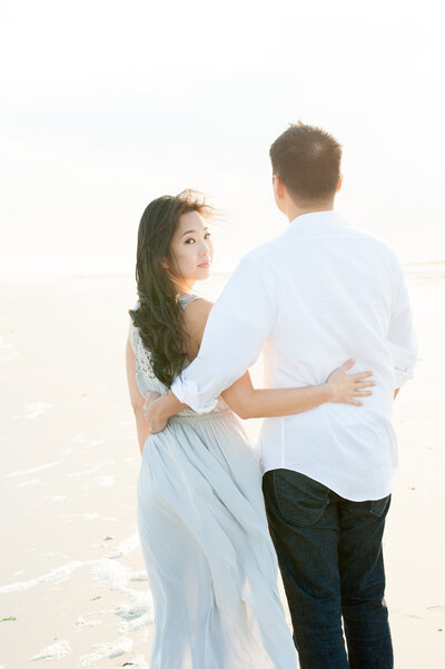 692 TWAH-DOUGHERTY-BEACH-ENGAGEMENT-SESSION