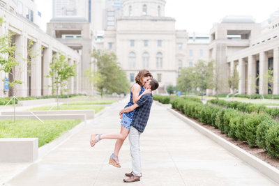 Indianapolis-Canal-Engagement-Pictures 0015