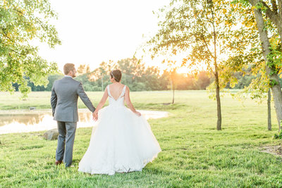 Michelle Joy Photography Columbus Ohio Destination Wedding Photographer Natural Light Joyful Elegant Colorful 20