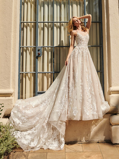 Val Stefani Wedding Dress  4