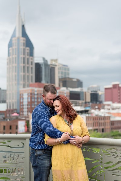 Downtown-Nashville-City-Anniversary-Session-Pedestrian-Bridge-Nashville-Wedding-Photographer+3