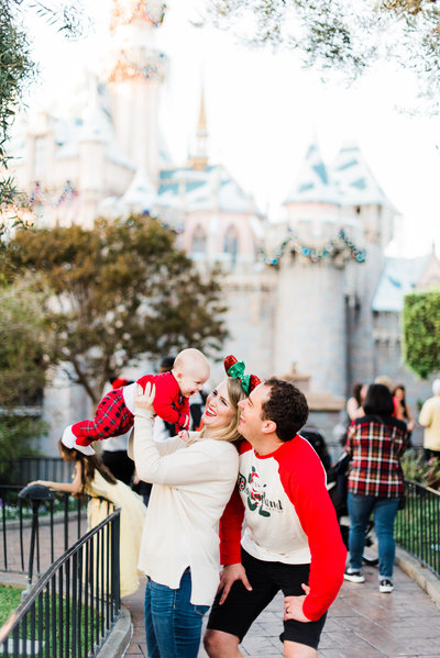 Chelsea Frandsen Photography is based in Orange County, CA. She photographs families at Disneyland, the happiest place on earth.