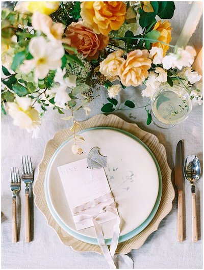 european-wedding-styled-shoot-place-setting-bonnie-sen-photography
