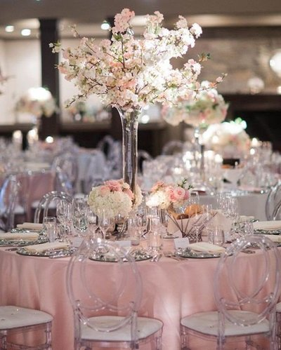 Blush tablescape decor