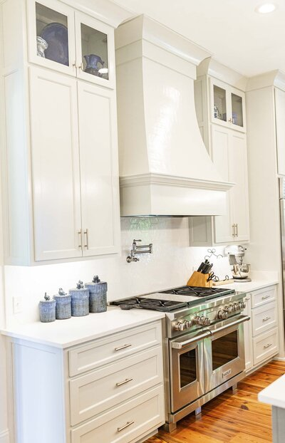 White kitchen renovation inspiration by Moda Designs