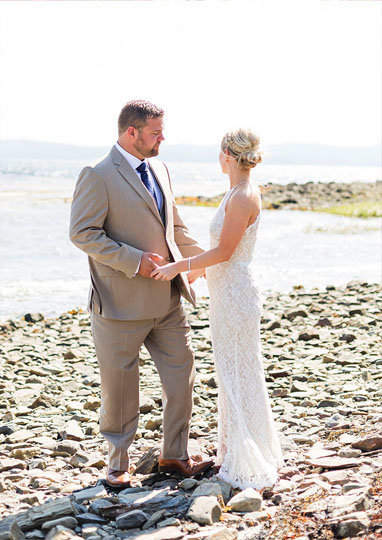 intimate wedding at portside manor in searport maine