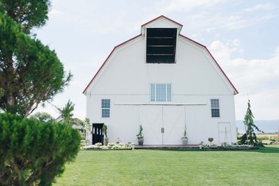 Wagner-Wedding-White-Barn-Estate8263