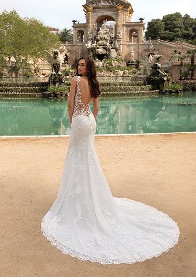 Pronovias Wedding Dress  4