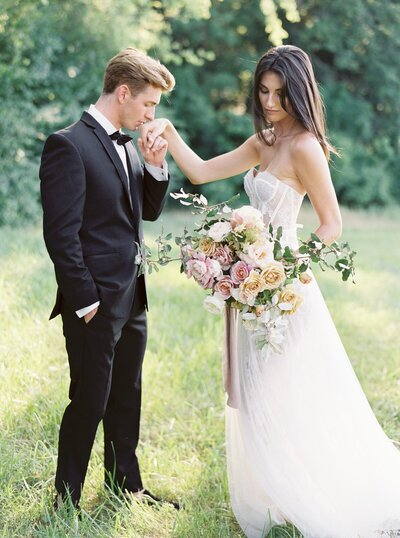 Mint Springs Farm Nashville Wedding as seen in Style Me Pretty with Chicago Film Photographer Sarah Sunstrom Photography_0067