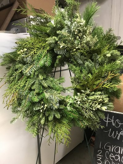 Evergreen Holiday Wreath Floral Workshop
