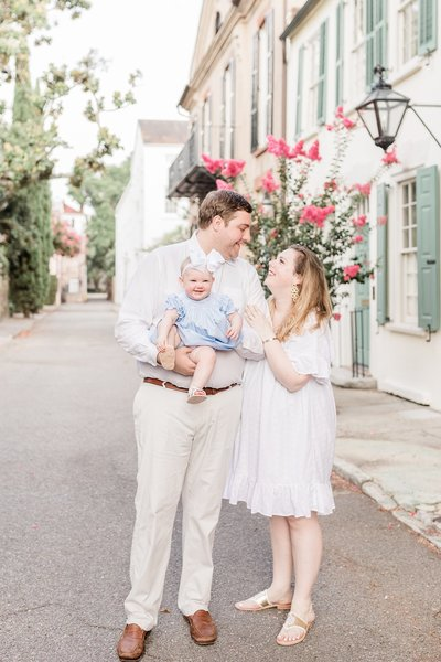 Downtown-Charleston-Family-Photography-Session-_0011