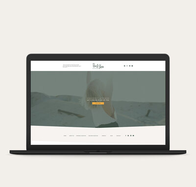 studio_above-macbook-mockup-riseandshine
