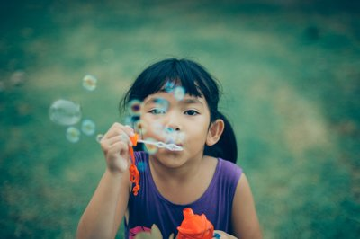 adorable-bubbles-child-333529