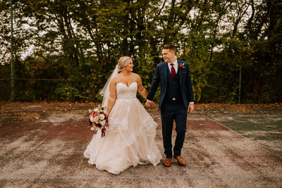 Emotional-outdoor-fall-wedding-kokomo-90