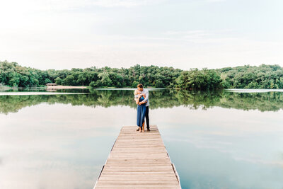 Iowa-Engagement-Pine-Lake