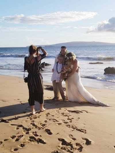 maui-wedding-photographer-melissa-bts-02