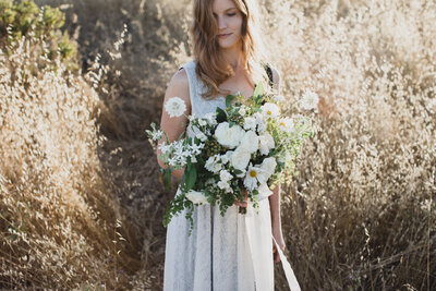 SUMMER IN THE FIELDS STYLED SHOOT