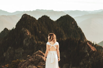 Elopement on top of a mountain in the Olympic Peninsula.