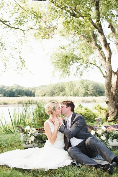 Romantic wedding at The Florence Griswold Museum