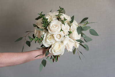 Classic White Large Bouquet