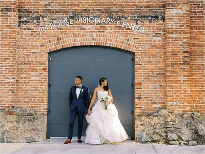 renee_hollingshead_romantic_wedding_at_the_avam_in_baltimore_0070