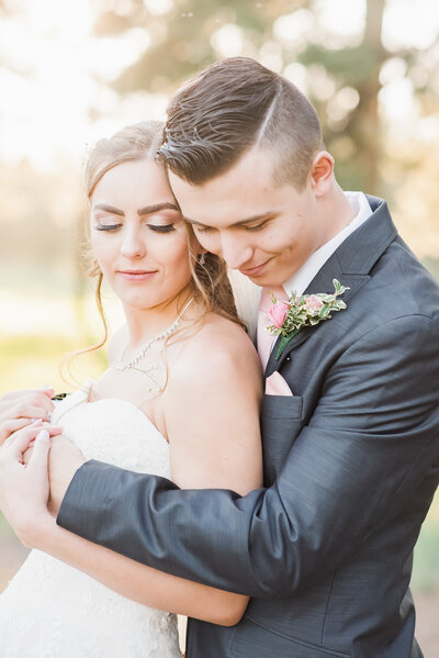 flagstaff-az-wedding-bride-and-groom-portraits-10