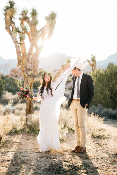 aimee-flynn-photo-joshua-tree-elopement-silly