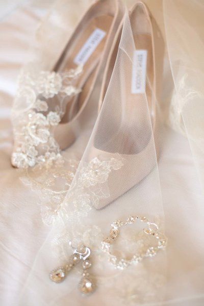 wedding details, wedding shoes, vintage wedding