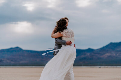 Anne + Brian - Las Vegas Wedding Photographer - Dry Lake Bed Elopement - The Combs Creative (162 of 364)