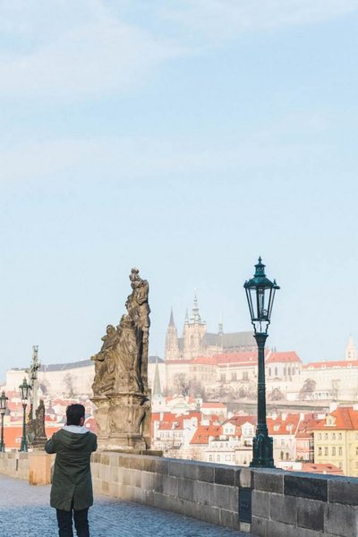 Charles-Bridge-Prague-Castle-Czech-Republic-683x1024