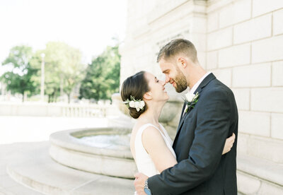 St. Louis newlywed couple photographed by Tracy Parrett Photography