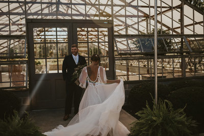 boho-wedding-photographer-greenhouse-cleveland-ohio-julia-mosier