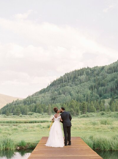 Refined and Organic Wedding in the Heart of Colorado_0030