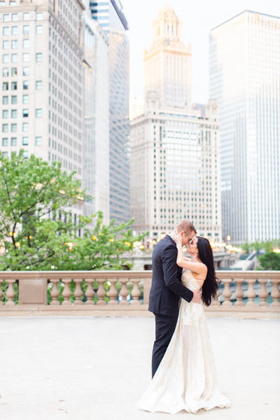 sunrise-wrigley-building-engagement-session-2
