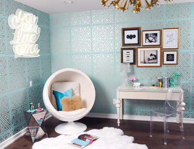 Blue and white retro teen girl's bedroom ideas | Los Angeles Interior Designer
