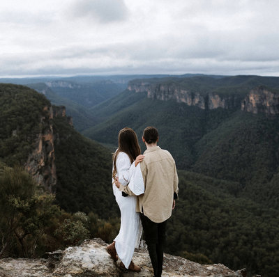 athena-and-camron-blue-mountains-sydney-couple-josh-jay