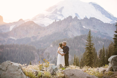Mount-Rainier-National-Park-maternity-photos-005