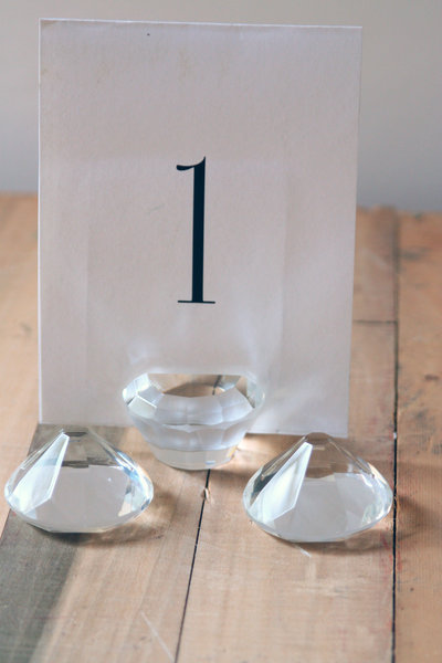 01023_Diamond Table Number Holders